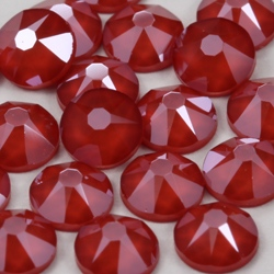цвет кристаллов Swarovski Crystal Royal Red (001 L107S)